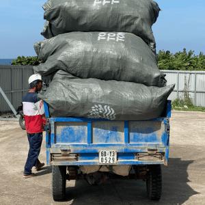 Truck Plastic Waste - TONTOTON